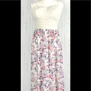 Lily Rose Maxi Dress Sz.(XL) Floral Print